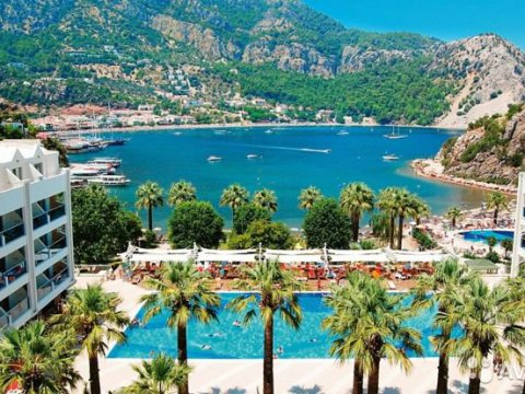 Marmaris or Kemer: where to relax in the summer of 2019?