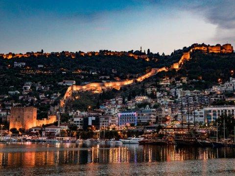 Republik Türkei und vorteile von immobilieninvestitionen in der Türkei